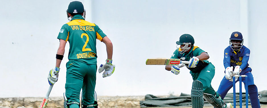 Van Buuren strikes as South Africa U19 take the lead
