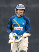 Dilshan  farewell  on a tricky wicket