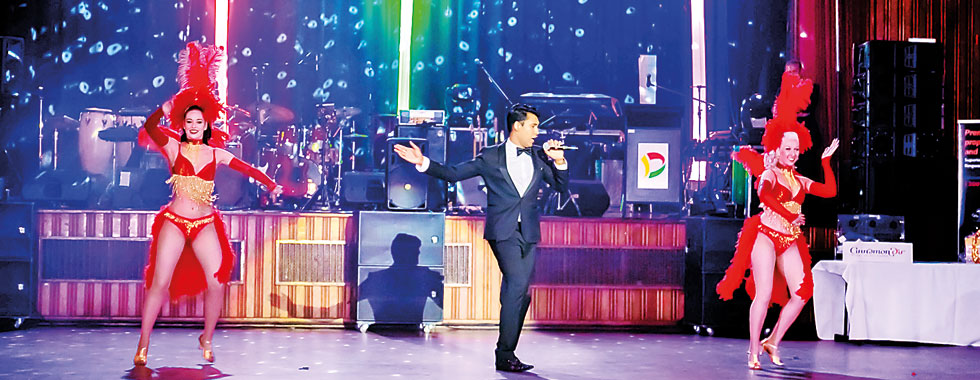 Lankan born singer performs in Melbourne