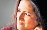 Chandani Seneviratne: An effervescent voyage  in celebrity