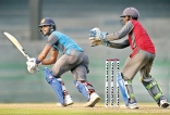 Skipper Chandimal steers Colombo to title