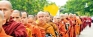 500 monks on Pindapatha