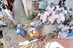 Prisoners join dengue fight