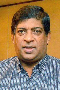 Ravi Karunanayaka 01