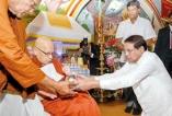 President honours Ven. Piyatissa Nayaka Thera at New York Buddhist Vihara
