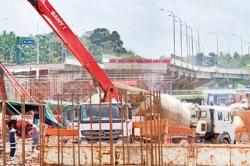 China's loan delayed: Central Expressway at roadblock
