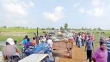 Angry Porativu Pattu residents  block access to garbage dump