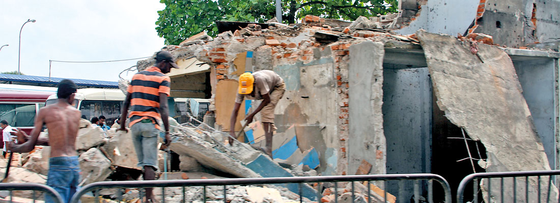 State infrastructure projects, hold-ups slow construction sector