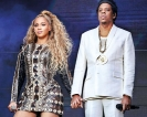 Stage-crashing fan causes chaos at Beyoncé and Jay-Z Concert
