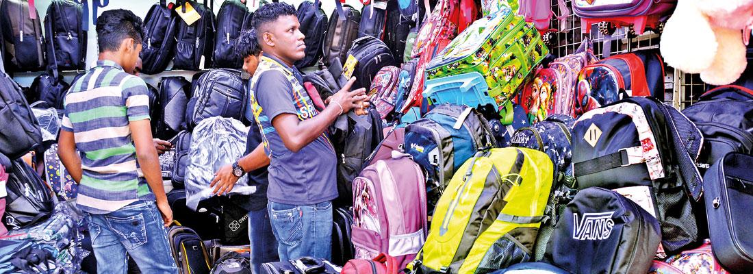 Downcast Xmas traders pin sales hopes on school