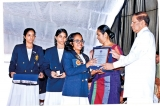 Amaya Sithumini felicitated by President Maithripala Sirisena