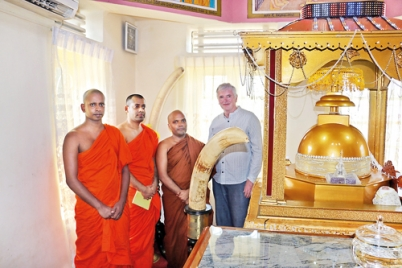 Sacred Relics: from Britain to then Ceylon