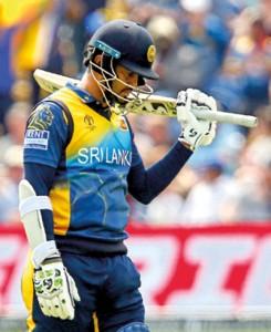 New Zealand thrash Sri Lanka by 10 wickets in World Cup