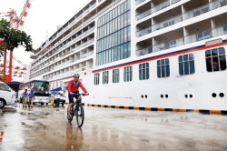Luxury cruise liner