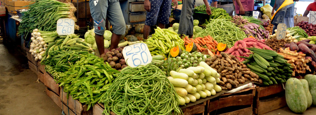 Packet of trouble for lunch  vendors as prices soar