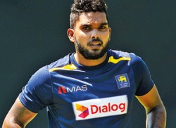 Lankans set for the kill as  series shifts to Pallekele