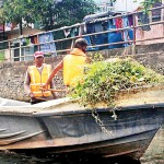 Navy engage in canal clean-up