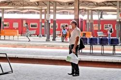 Fewer rail commuters