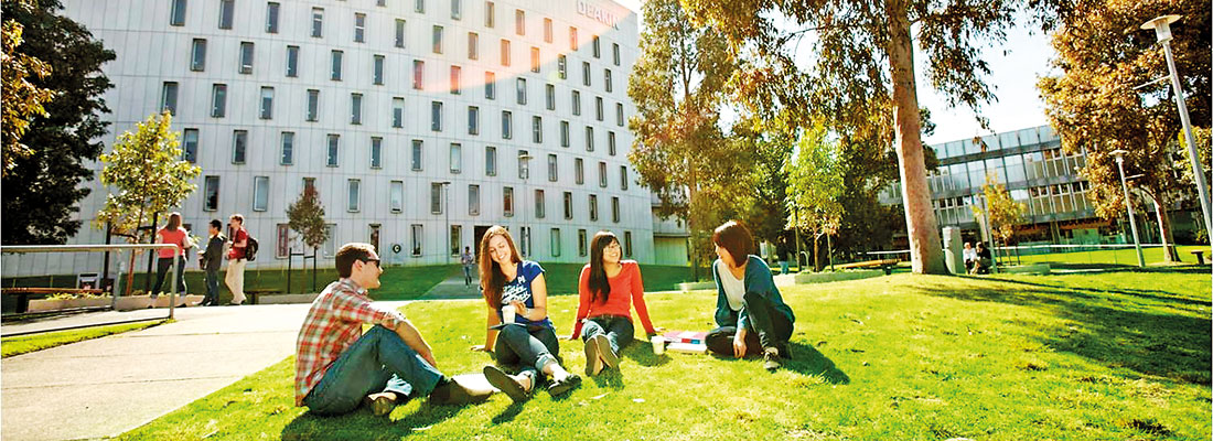 SLTC – Deakin Intake now on; Four New Degrees Offered by Prestigious Deakin University, Australia