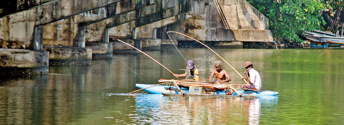 Panadura Bridge under threat
