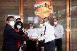 Sri Lanka India Society donates equipment for children's HDU at IDH