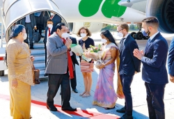 Premier on interfaith crusade in Italy